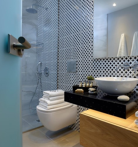 Seascape_Interior_Bathroom_02